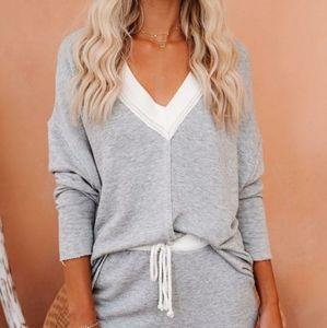 Grey V Sweatshirt *Gray & Me* 👁